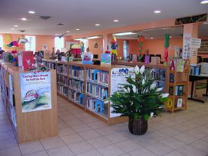 800px-Library_picture1