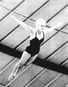 431px-Bundesarchiv_Bild_183-C1015-0001-012,_Tokio,_XVIII._Olympiade,_Ingrid_Krämer