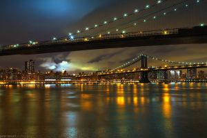 800px-Flickr_-_Shinrya_-_Brooklyn_^_Manhatten_Bridge_at_Night